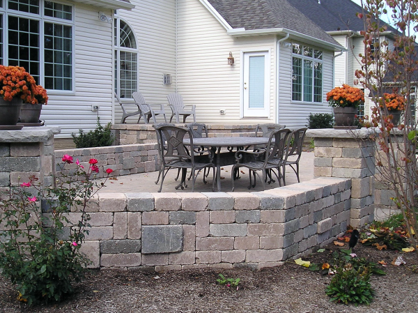 Hardscape Outdoor Living Space