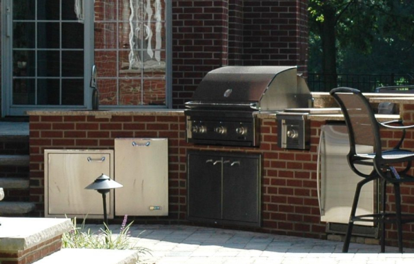 Outdoor Kitchen by Green Impressions