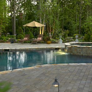 Custom Gunite Pool and Spa resized 600