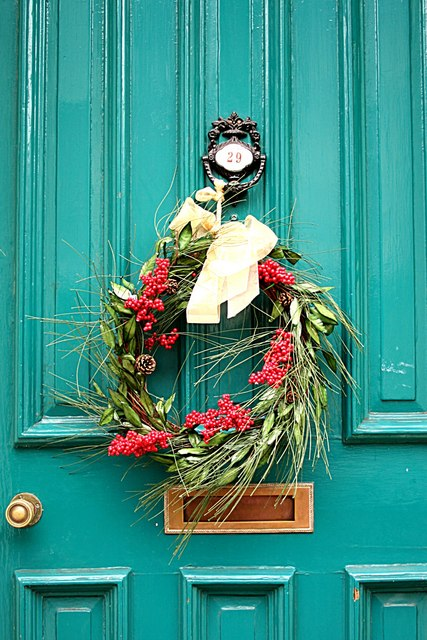 Natural Holiday Wreath