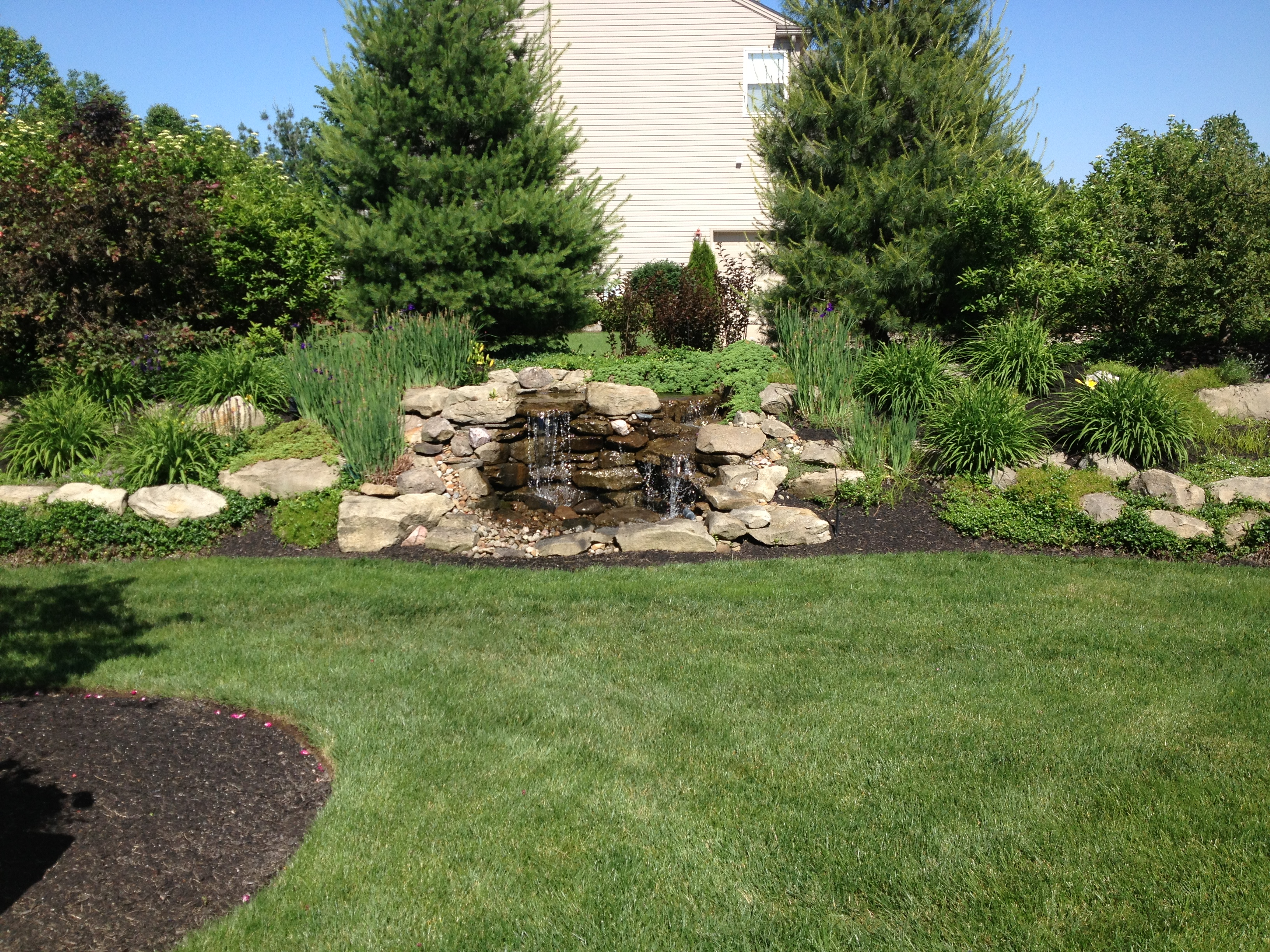 Pondless Waterfeature Focal Point