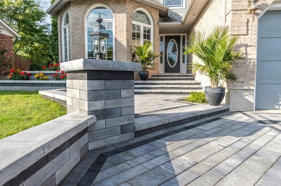 Artline-Unilock-patio-paver