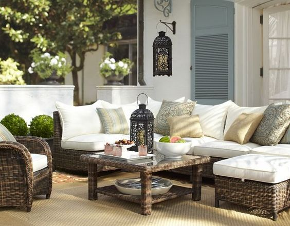 outdoor-patio-furniture