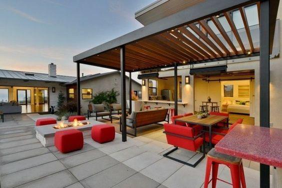 color-patio-pergola
