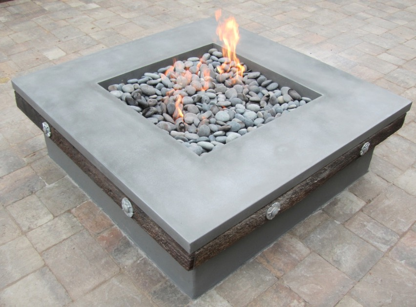 fire-pit-with-stones.jpg