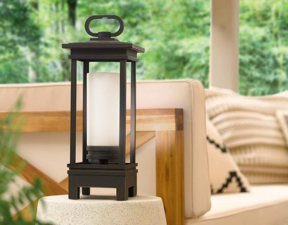 portable-lantern-Kichler