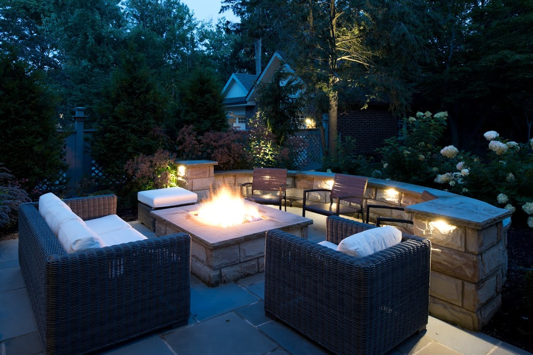 seating-wall-fire-pit.jpg