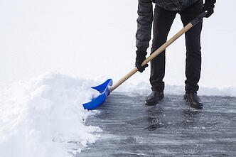 shoveling-snow-1