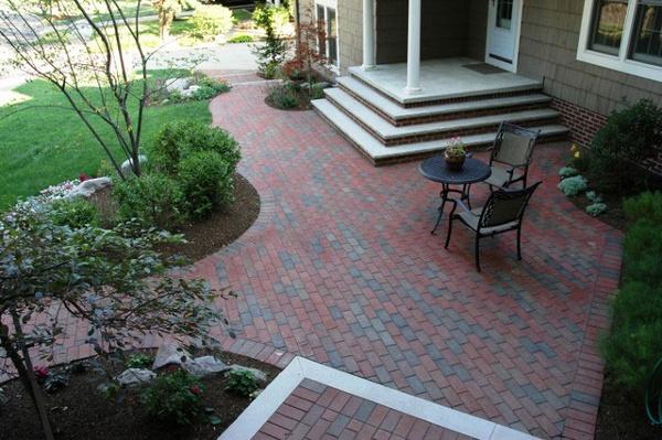 taylor_side_patio.jpg