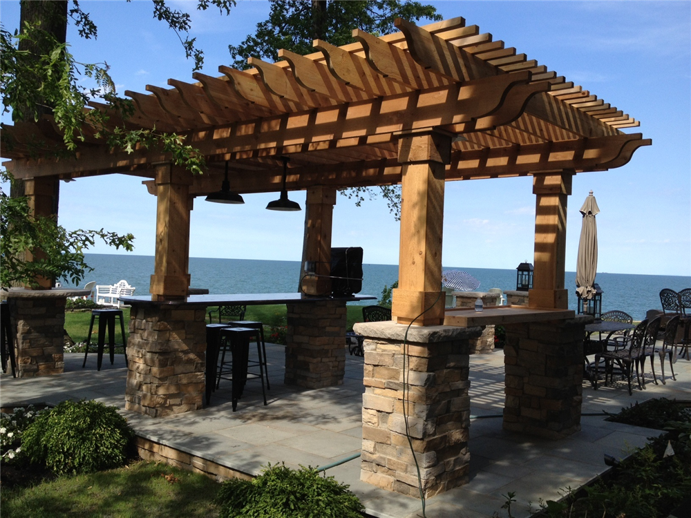 Pergola_on_the_Lake.jpg