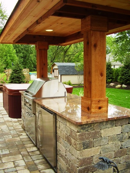 langhenry_outdoor_kitchen.png