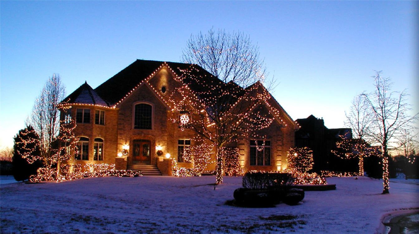 holiday-lighting-display-28.jpg